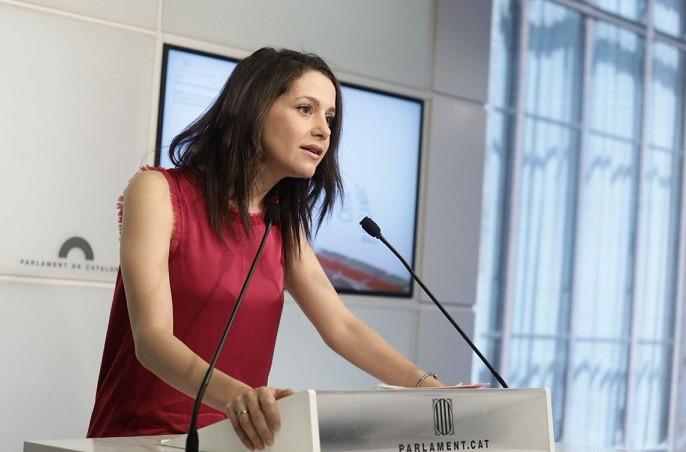 Ciudadanos Interpela Al Feminismo En Las Redes Para Que Apoyen A