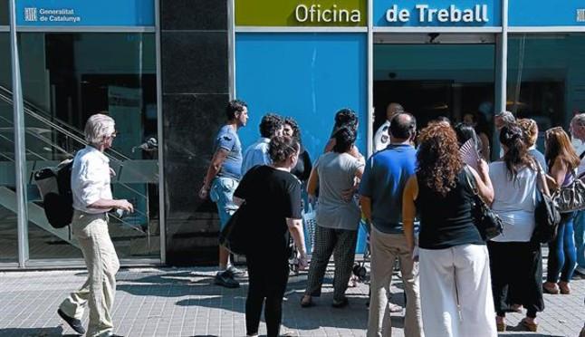 Baja el paro en catalunya en personas for Oficinas soc barcelona
