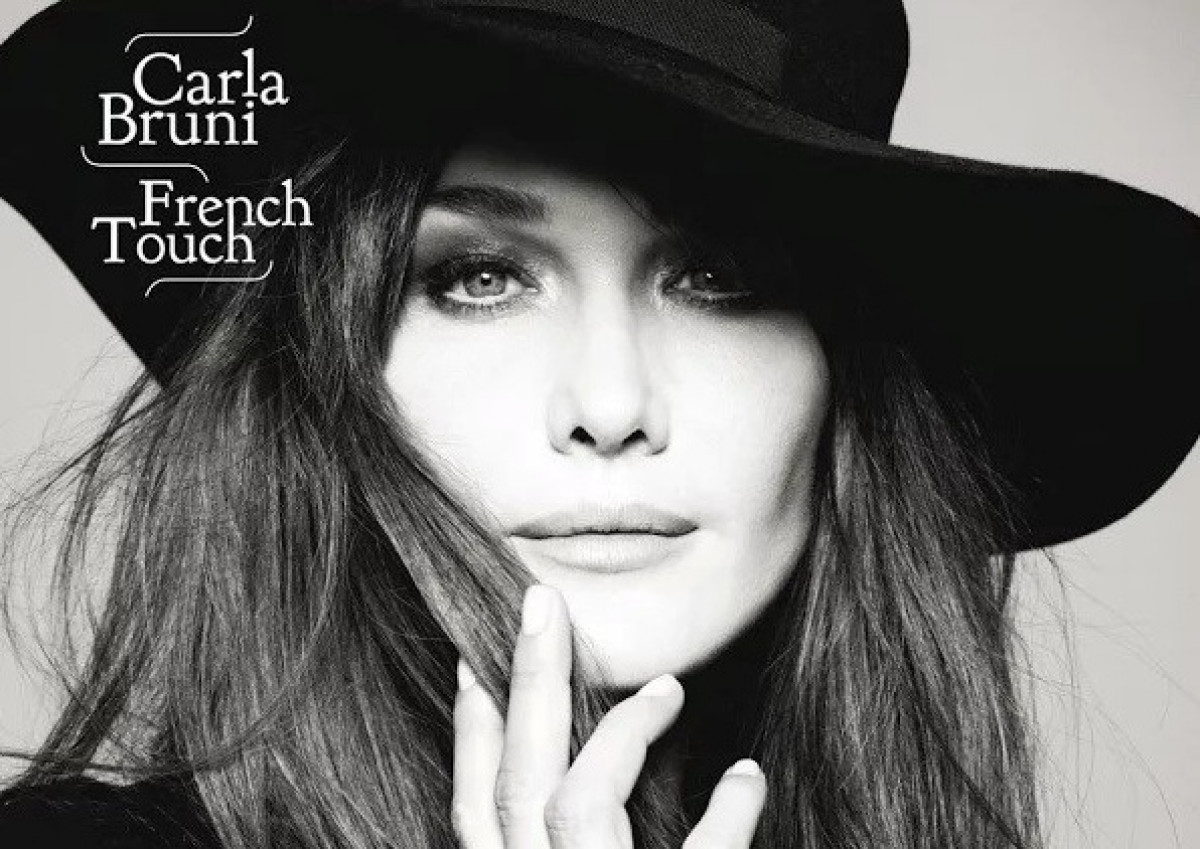 Carla bruni french tour