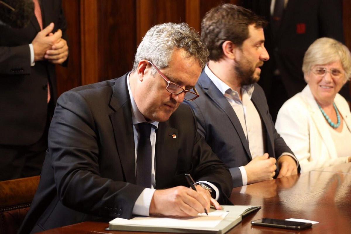 Joaquim forn decret convocatoria referendum