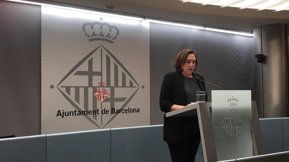 Ada Colau en el Ayuntamiento de Barcelona