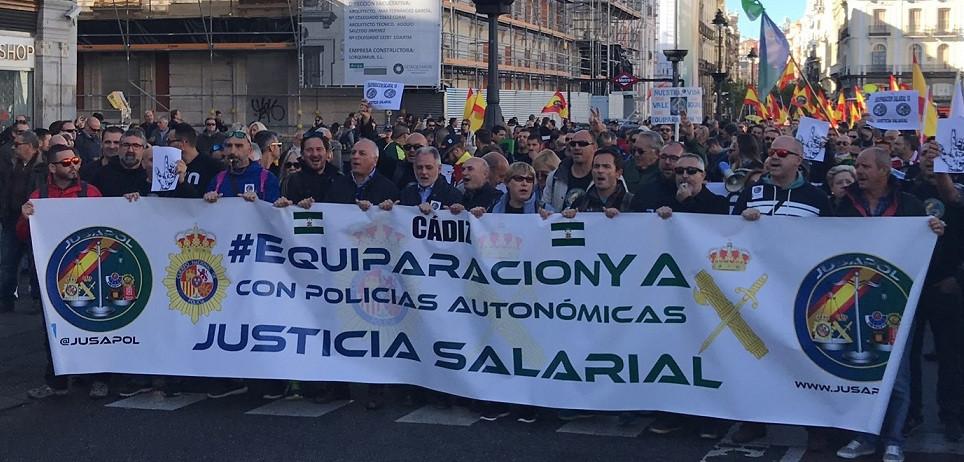 Manifestación policía guardia civil equiparación salarial