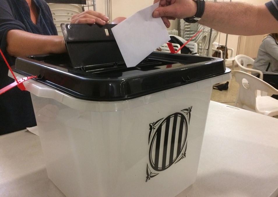 Urna referendum 1o
