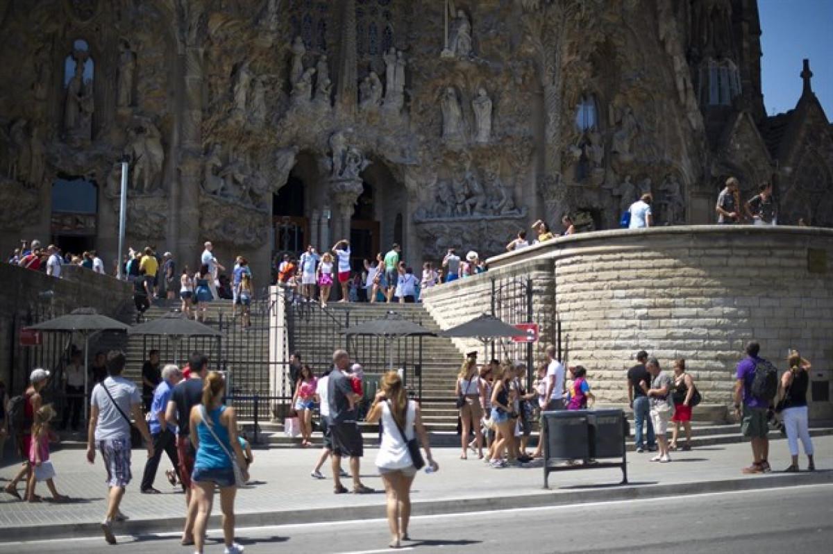 Sagrada familia turismo catalunya