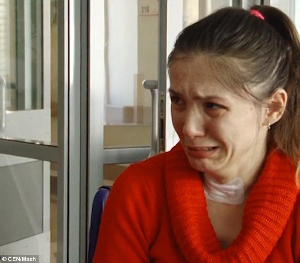 Veronika Mescheryakova, de 29 au00f1os, piensa que su compau00f1ero estu00e1 trabajando y que regresaru00e1 por la noche CEN Mash