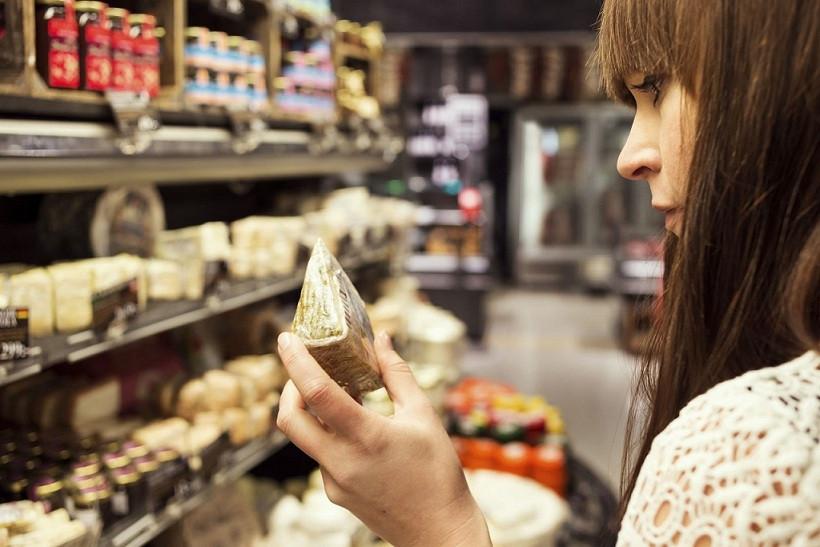 Supermercado lacteos queso compra consumidor 16032018