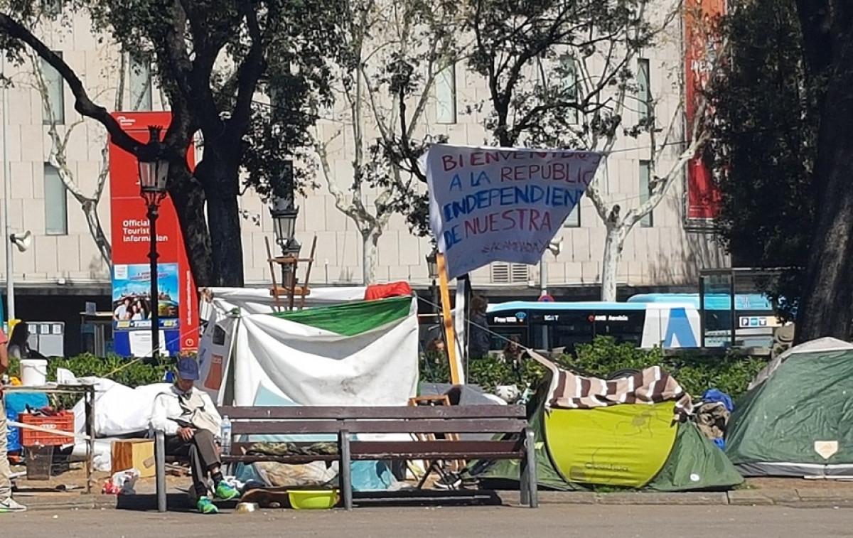 Sin techo plaza catalunya