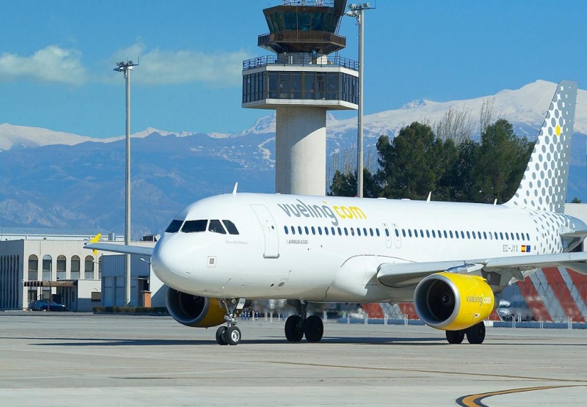Vueling aeropuerto torre control huelga pilotos 12042018