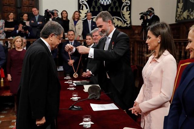 Sergio Ramu00edrez premio cervantes reyes 23042018