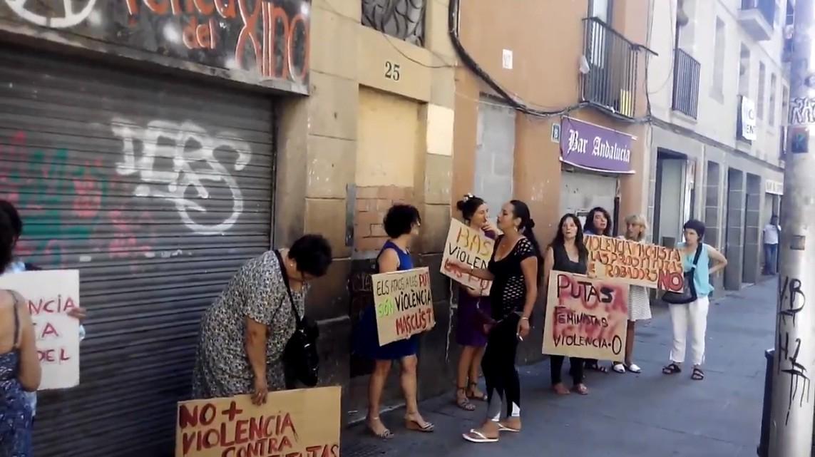prostitutas en el barrio del pilar entrevistas a prostitutas