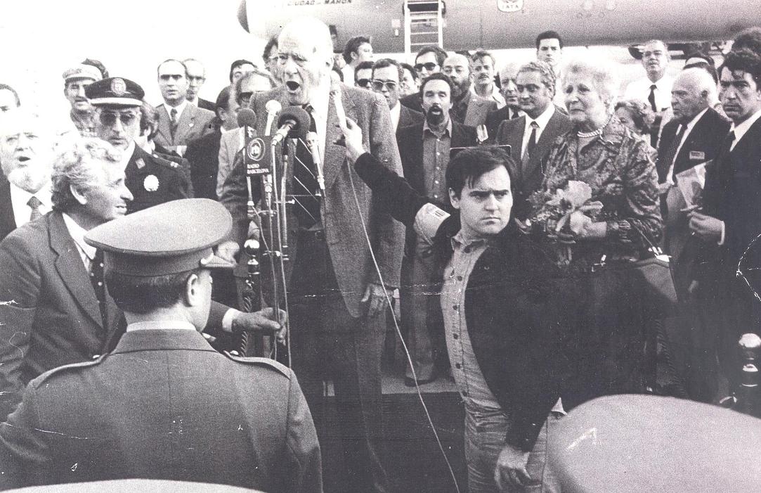 Josep Tarradellas a su llegada a Barcelona el 23 octubre 1977