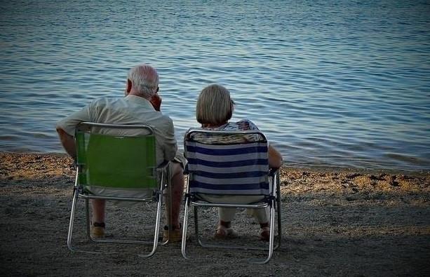 Ancianos imserso  1