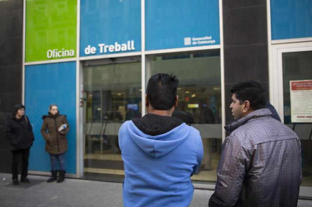 El paro en catalunya baja en personas en noviembre - Oficina seguridad social barcelona ...