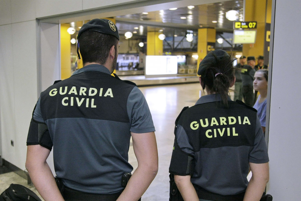 Guardia civil aeroport