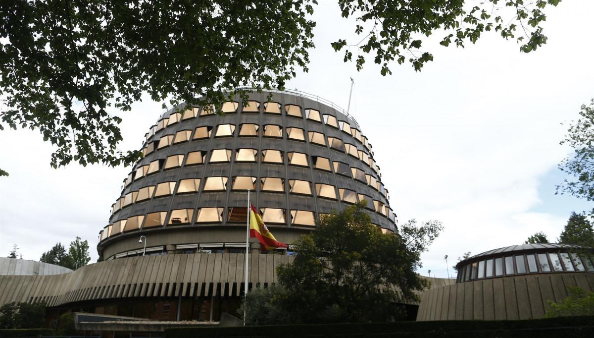 Tribunal constitucional bandera