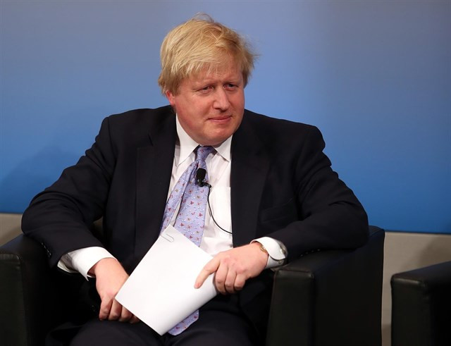 Boris Johnson dimite