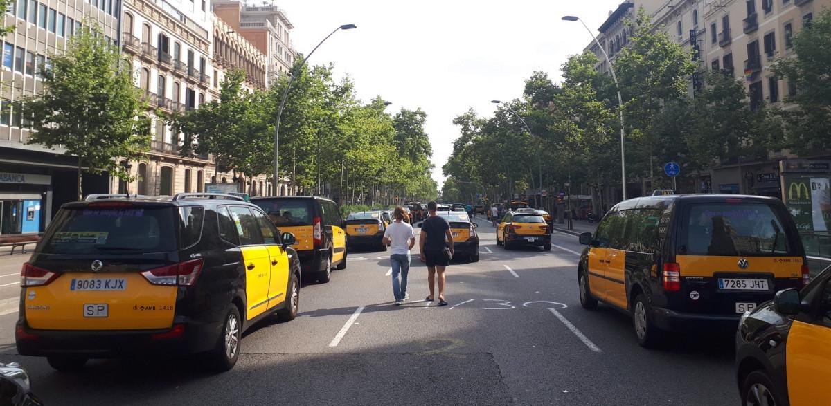 Taxis bcn granvia 280718