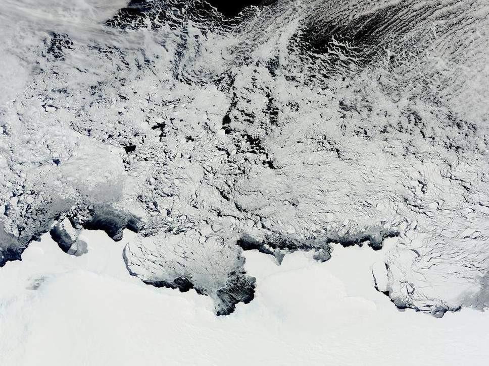 Impresionantes mapas en 3D del inframundo tectu00f3nico de la Antu00e1rtida revelaron los restos de la espectacular destrucciu00f3n de un antiguo supercontinente MODIS de la NASA