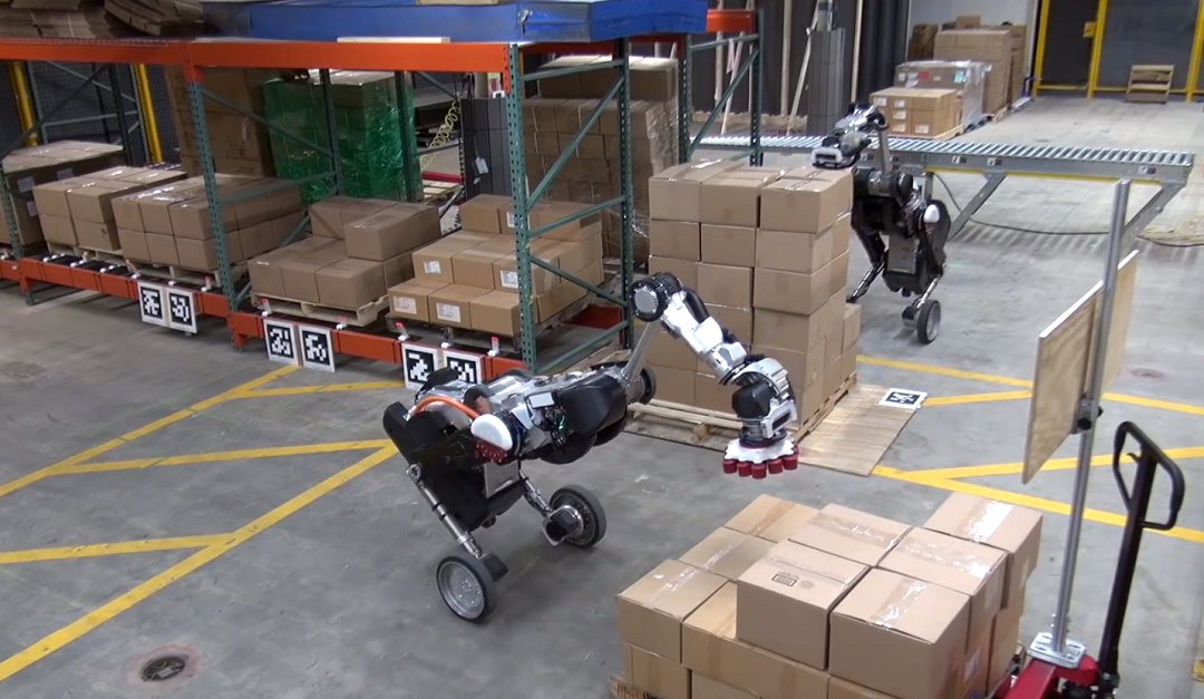 Robots de Boston Dynamics apila cajas