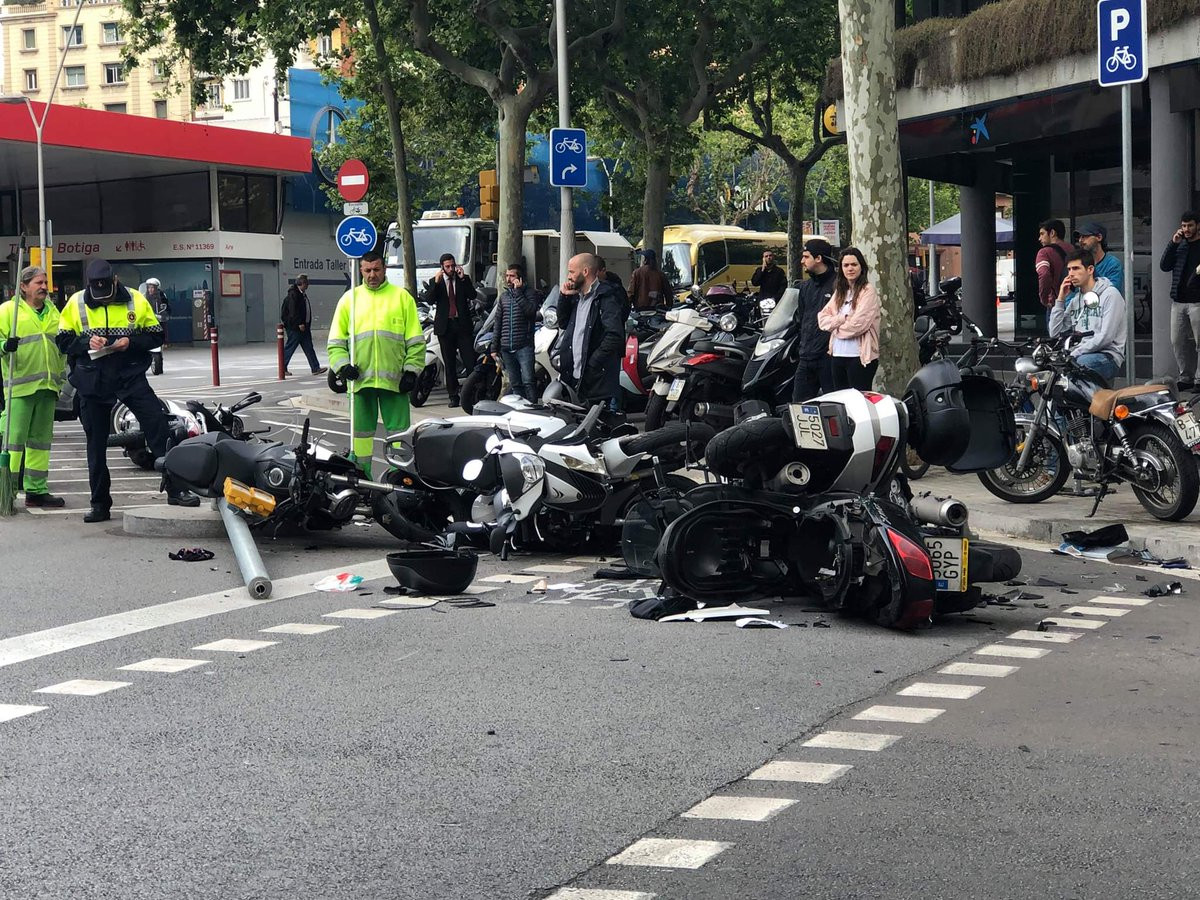 Accidente Barcelona Furgoneta Motos