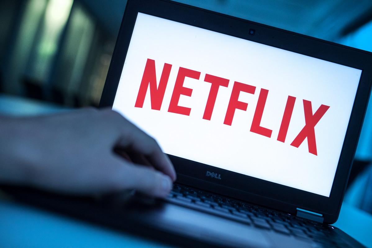 Logo de Netflix en un ordenador portátil