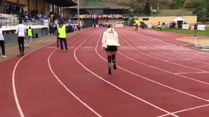 VIDEO: Sara Andrés consigue el récord del mundo al meeting paralímpico de Hospitalet